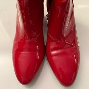 TOPSHOP - Red Patent Leather Booties